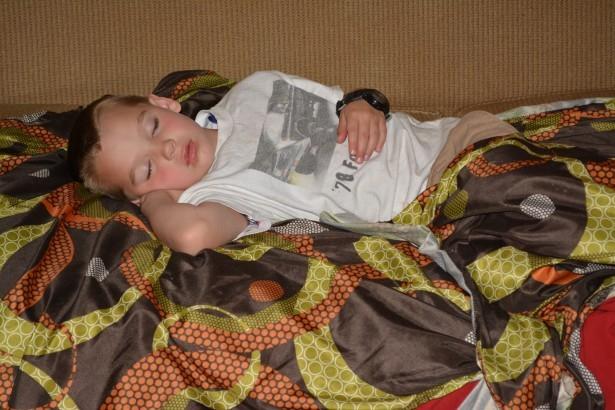 Metodo per mettere a dormire presto i vostri bambini una mamma